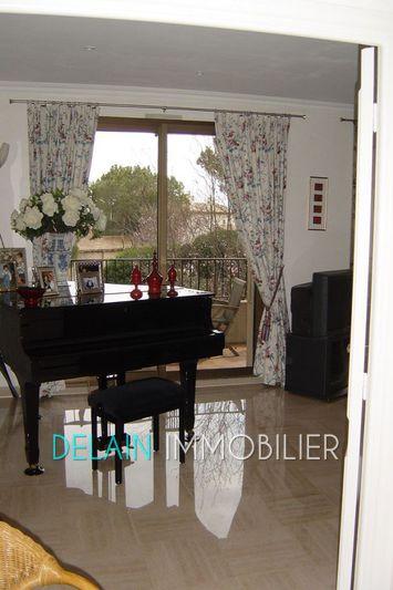 Photo n°2 - Location appartement Villeneuve-Loubet 06270 - 2 550 €