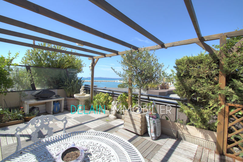 Photo Appartement Saint-Laurent-du-Var Bord de mer,   achat appartement  3 pièces   108 m²