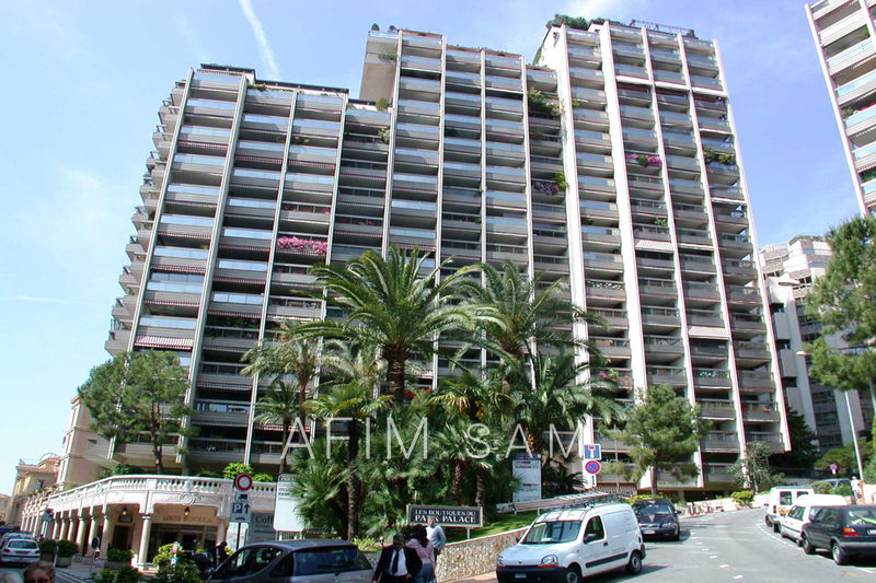 Apartment Monaco Carré d'or,  Rentals apartment  1 room   80 m²