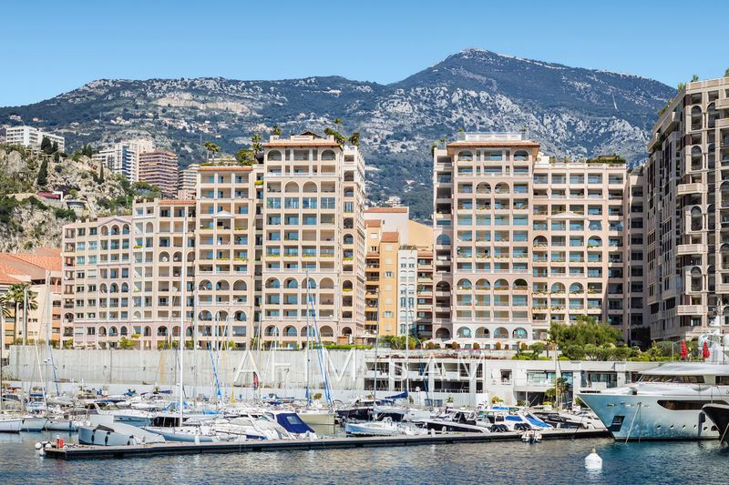 Apartment Monaco Fontvieille,  Rentals apartment  2 rooms   91 m²