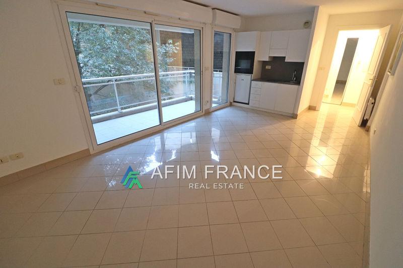 Photo Appartement Beausoleil Moyenne corniche,  Location appartement  1 pièce   30m²
