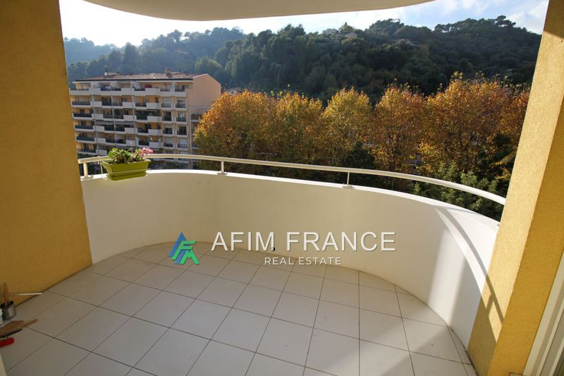 Photo Appartement Menton Carei,  Location appartement  2 pièces   45 m²