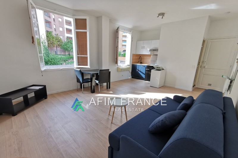 Photo Appartement Beausoleil Moneghetti,  Location appartement  1 pièce   28 m²