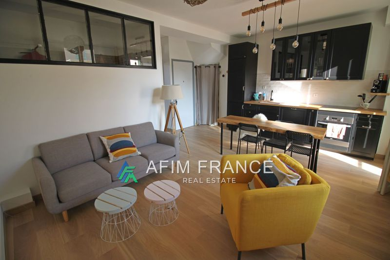 Photo Apartment Cap-d'Ail  Rentals apartment  2 rooms   40 m²