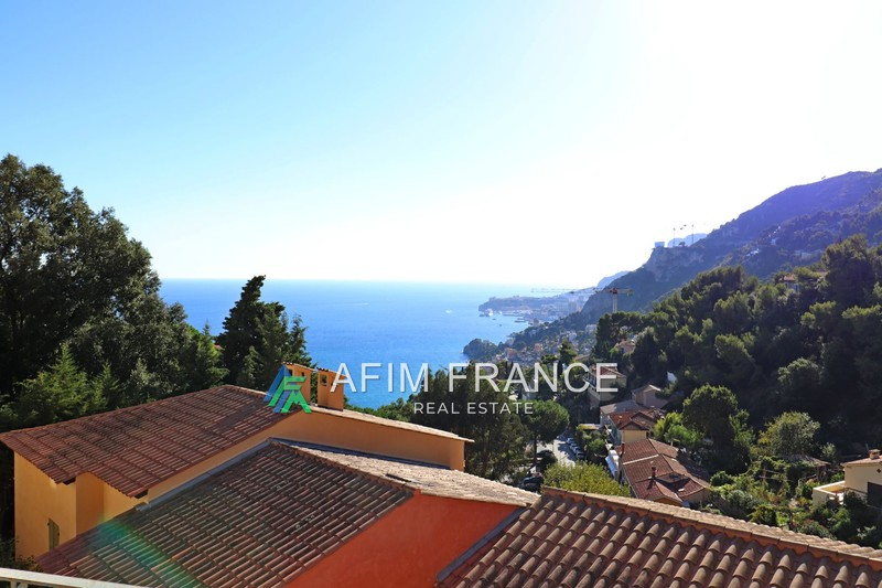 Photo Appartement Roquebrune-Cap-Martin  Location appartement  3 pièces   71 m²