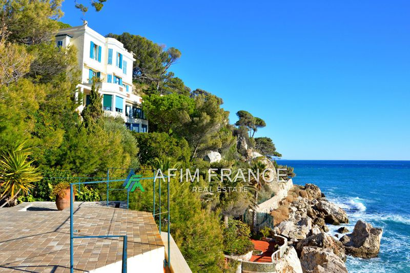 Photo Villa Cap-d'Ail Pointe des douaniers,   to buy villa  4 bedrooms   350 m²