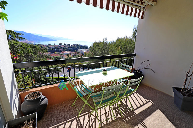Photo Apartment Roquebrune-Cap-Martin Proche du cap,   to buy apartment  4 rooms   84 m²