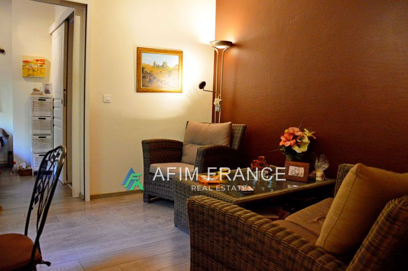 Photo Apartment Roquebrune-Cap-Martin Proche plages,   to buy apartment  3 rooms   48 m²