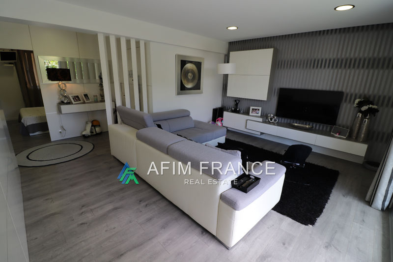Photo Apartment Beausoleil Centre-ville,   to buy apartment  4 rooms   90 m²