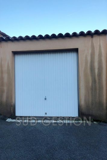 Photo n°1 - Location garage Pégomas 06580 - 150 €