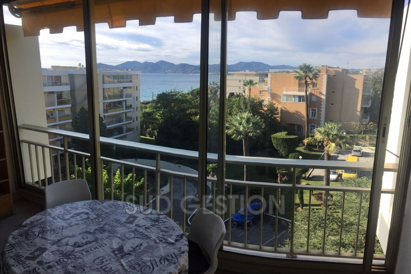 Photo n°3 - Vente appartement Cannes-la-Bocca 06150 - 148 400 €