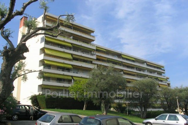 garage  Antibes Hauteurs