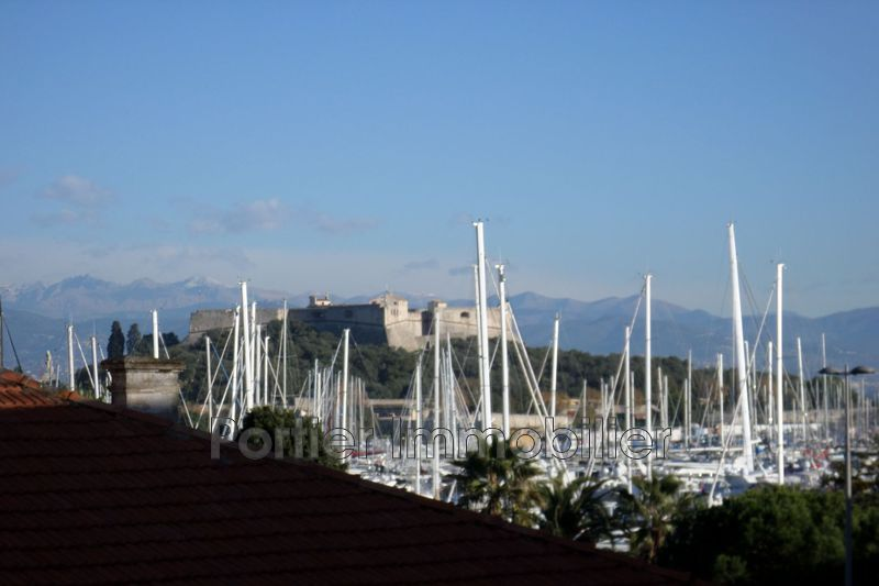 Photo Appartement Antibes Centre,  Location appartement  2 pièces   43 m²