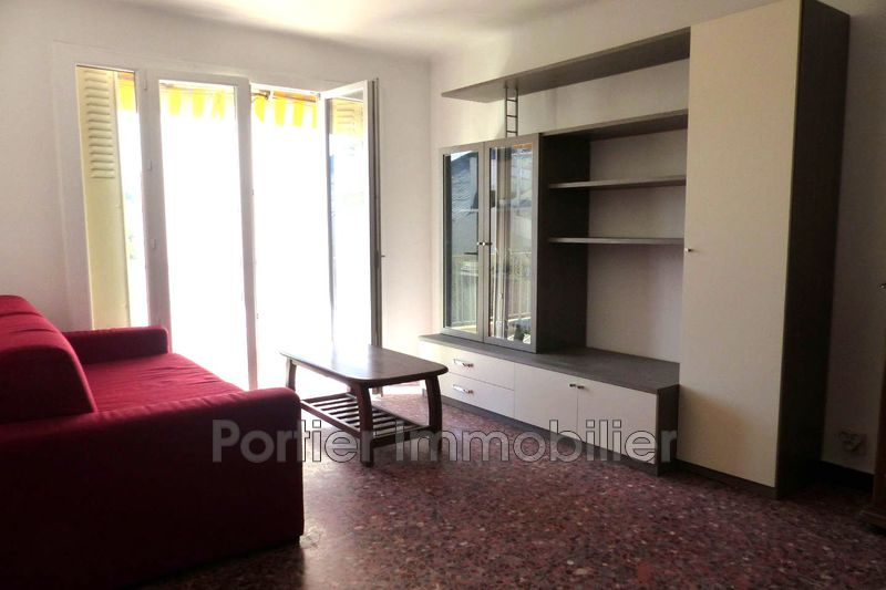 Photo Appartement Antibes Centre,  Location appartement  1 pièce   38 m²