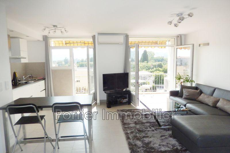 Photo Appartement Antibes Juan-les-pins,  Location appartement  2 pièces   46m²