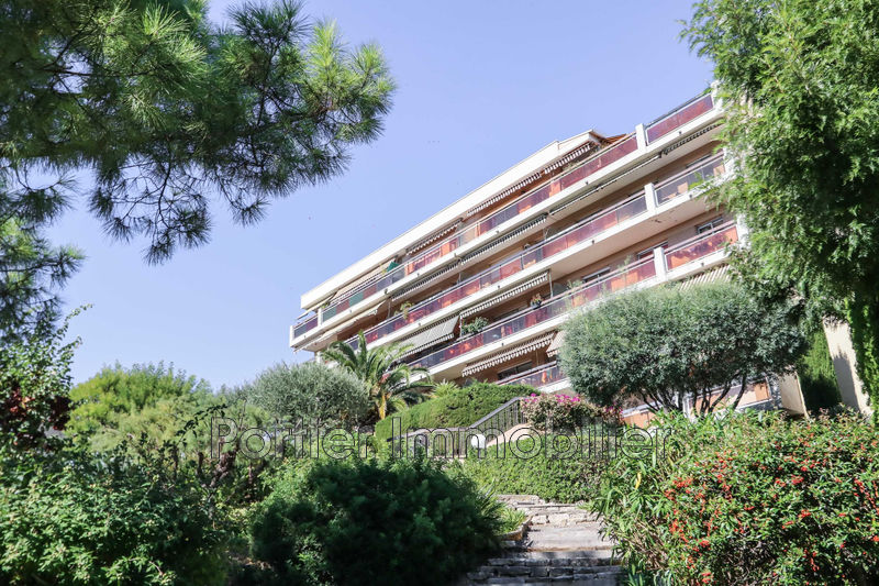 Photo Apartment Antibes Combes,  Rentals apartment  2 rooms   48 m²
