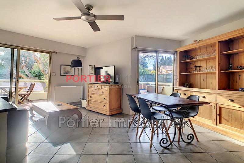 Photo Appartement Golfe-Juan  Location appartement  3 pièces   67m²
