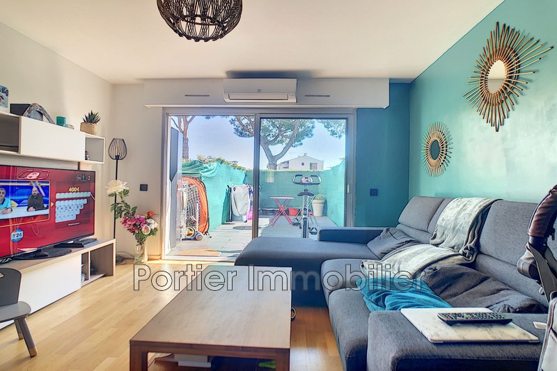 Photo Appartement Antibes Jules grec,  Location appartement  3 pièces   53 m²
