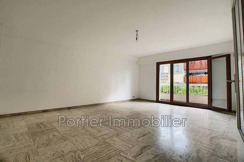 Photo Appartement Antibes Centre,  Location appartement  3 pièces   70m²