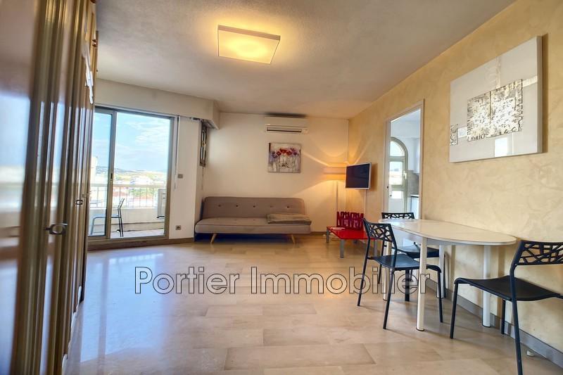 Photo Appartement Antibes Centre,  Location appartement  1 pièce   30m²