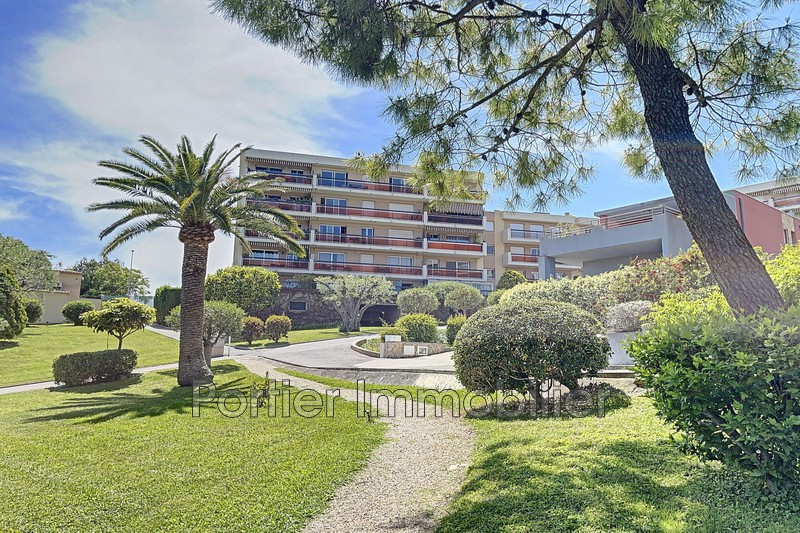 Photo Appartement Antibes Combes,  Location appartement  2 pièces   48m²
