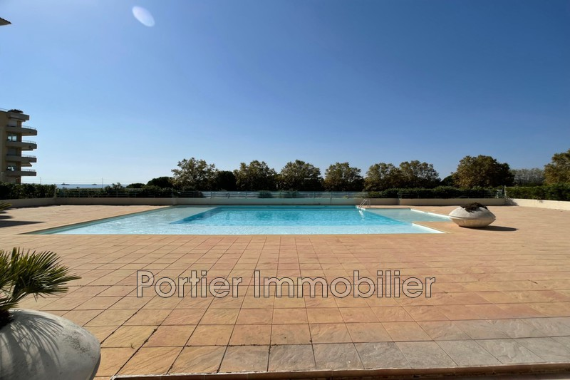 appartement  2 pièces  Antibes Antibes les pins  43m² -