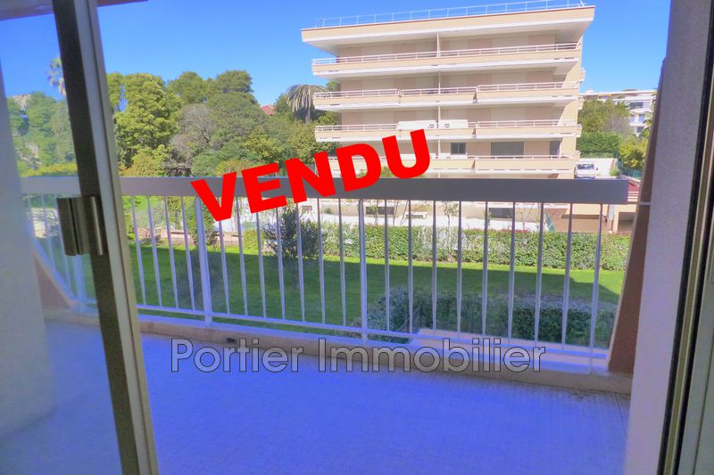 Photo Appartement Antibes Centre,   achat appartement  1 pièce   28 m²