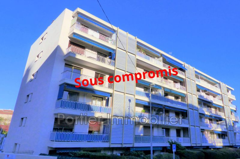 Photo Apartment Antibes Centre,   to buy apartment  3 rooms   67 m²