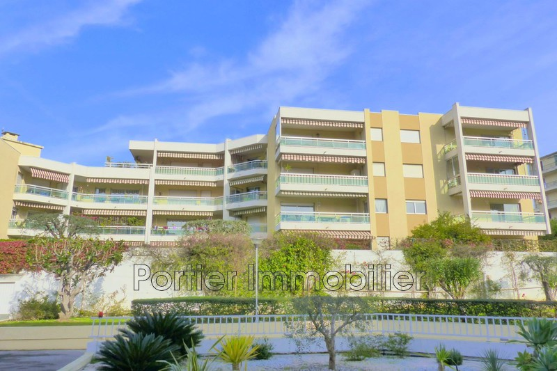 Photo Apartment Antibes Laval,   to buy apartment  3 rooms   68 m²