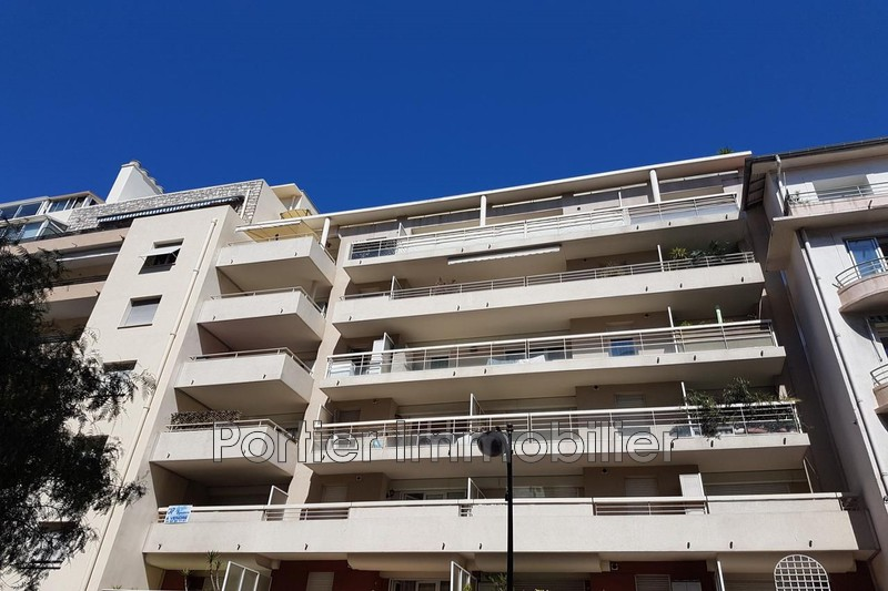Photo Apartment Antibes Centre,   to buy apartment  2 rooms   27 m²