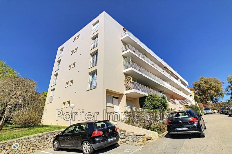 Photo Appartement Antibes Route de gasse,   achat appartement  3 pièces   68 m²