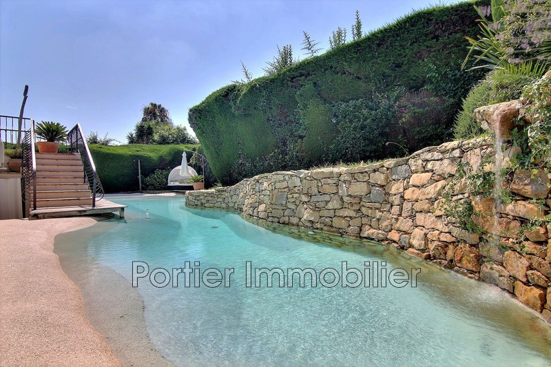 maison  7 rooms  Antibes Puy  252m² -