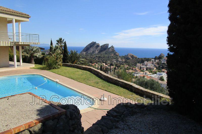 Villa La Ciotat   achat villa  4 chambres   250m²