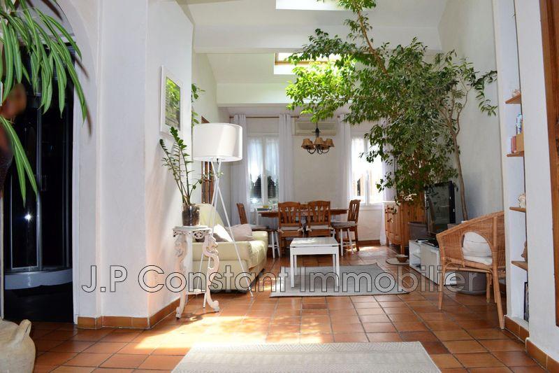 Photo Appartement La Ciotat Centre-ville,   achat appartement  4 pièces   80m²