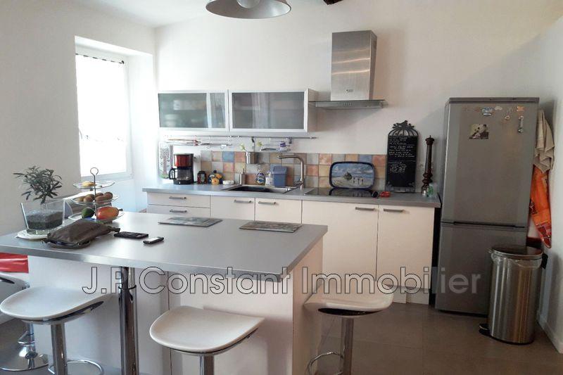Appartement La Ciotat Centre-ville,   achat appartement  2 pièces   56m²