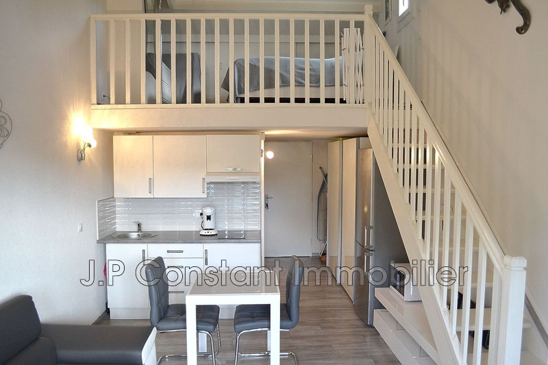 Photo Apartment La Ciotat Proche plages,   to buy apartment  2 room   35 m²