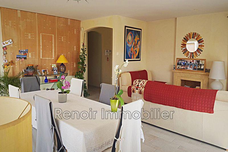 Photo n°4 - Vente appartement Saint-Laurent-du-Var 06700 - 990 000 €