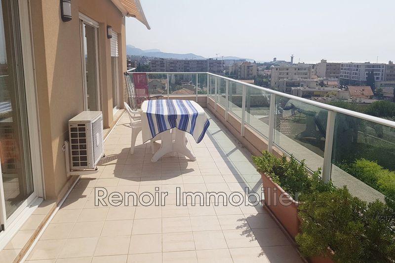 Photo n°2 - Vente appartement Saint-Laurent-du-Var 06700 - 990 000 €