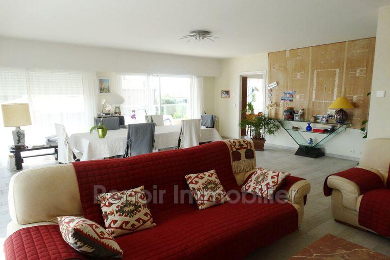 Photo n°5 - Vente appartement Saint-Laurent-du-Var 06700 - 990 000 €