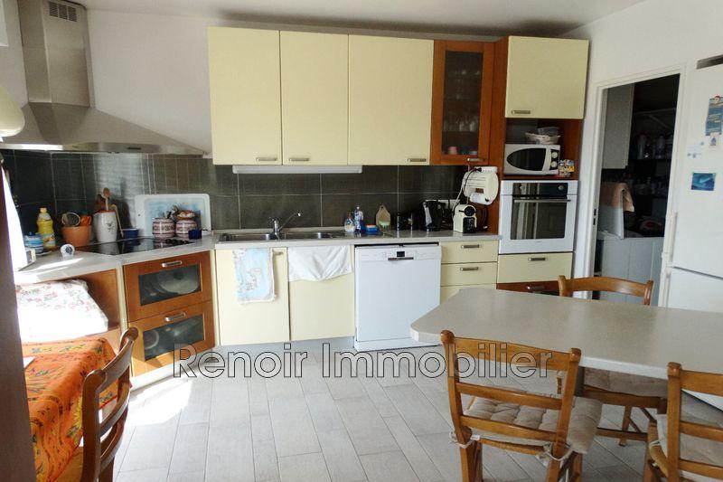 Photo n°6 - Vente appartement Saint-Laurent-du-Var 06700 - 990 000 €