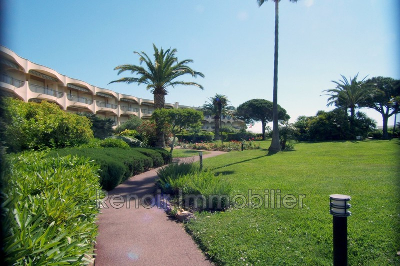 Photo n°1 - Vente appartement Villeneuve-Loubet 06270 - 990 000 €