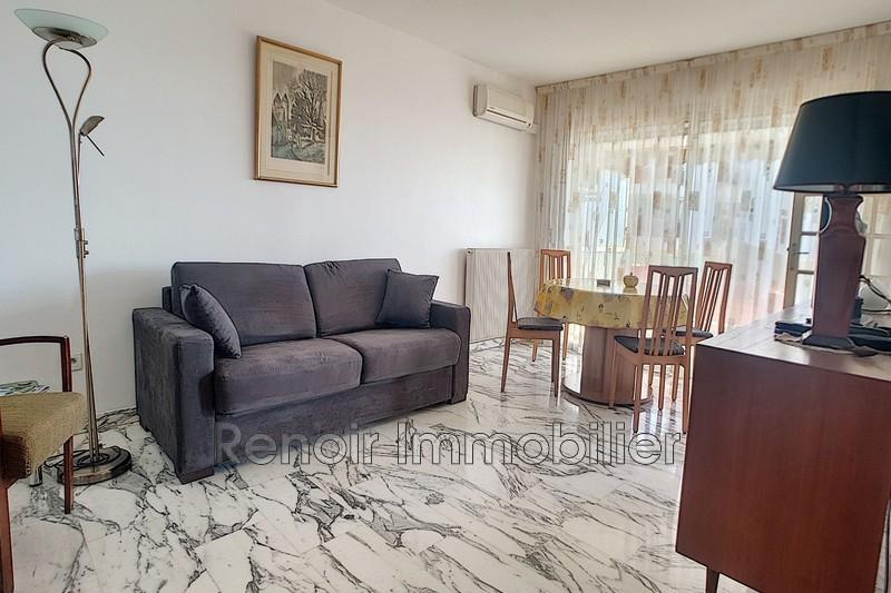 Photo n°4 - Vente appartement Saint-Laurent-du-Var 06700 - 196 000 €