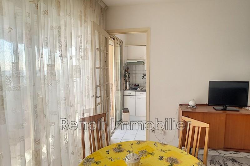 Photo n°6 - Vente appartement Saint-Laurent-du-Var 06700 - 196 000 €