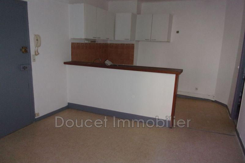 Photo n°2 - Location appartement Béziers 34500 - 300 €