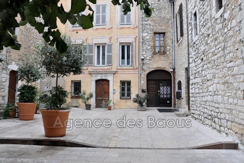 Photo Appartement Vence Centre-ville,   achat appartement  3 pièces   72m²
