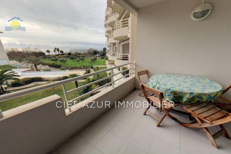 Apartment Juan-les-Pins Bord de mer,  Location saisonnière apartment  2 rooms   43m²