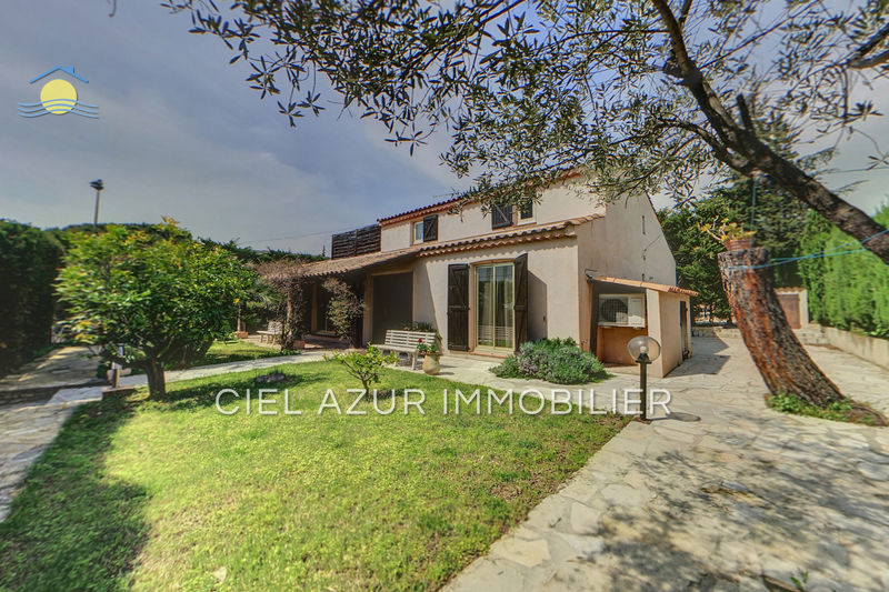 Villa Juan-les-Pins Bijou plage,  Location saisonnière villa  4 bedroom   140m²