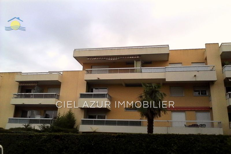 appartement  1 room  Antibes Breguières  29 m² -