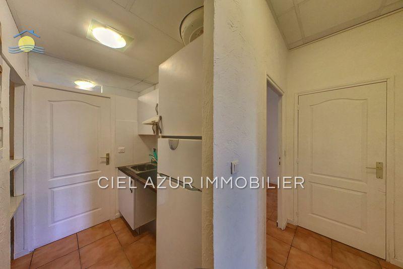 appartement  2 pièces  Antibes Port vauban  33m² -
