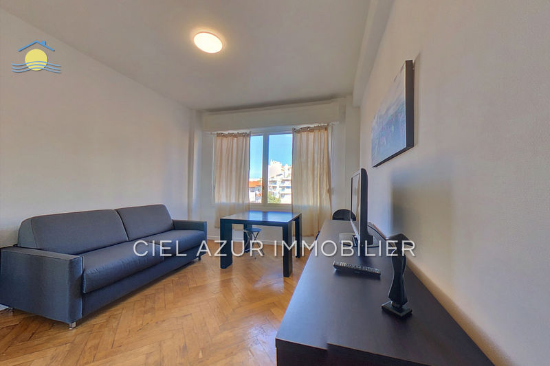 Appartement Juan-les-Pins Centre-ville,  Location appartement  1 room   22 m²
